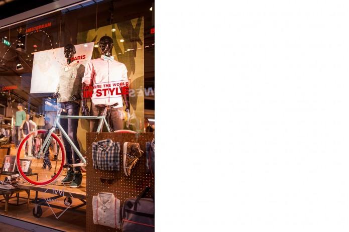 CC130302_OpeningMenAtWork-RotterdamAlexandrium-0255